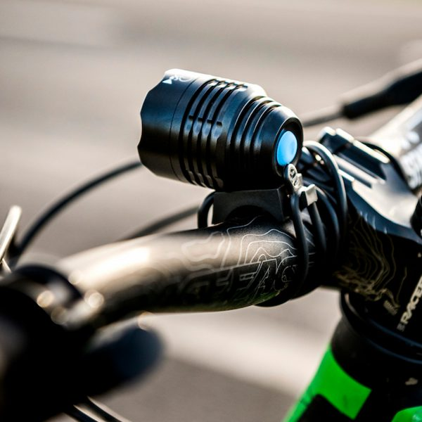 Luz-Bicicleta-Recargable-Foco-LED-USB-RL-10-CrossOver-Bici-2